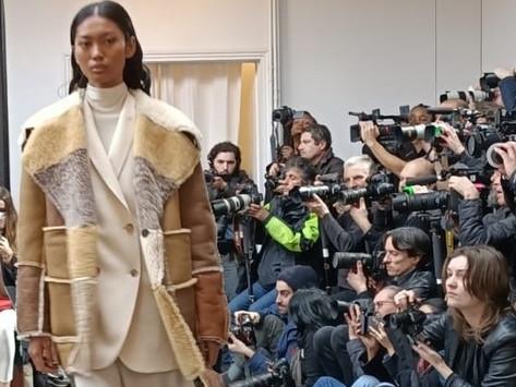 Inspiration commune entre mode et soins capillaires de luxe