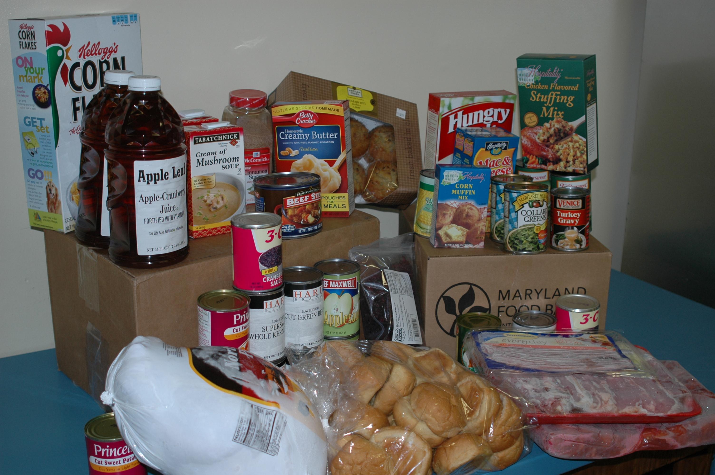 Nov 11 food pkg 007