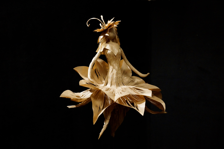 Dame Lotus