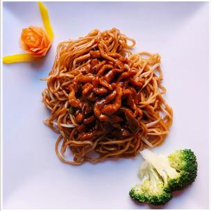 107 - Shredded Pork in Hoisin Sauce (with 78 - Plain Chow Mein)