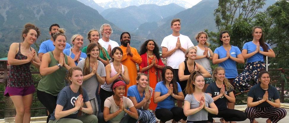 Yoga Mclo.jpg