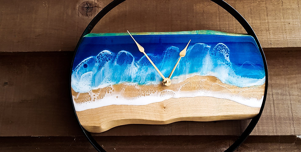 Live Edge Metal Ocean Clock