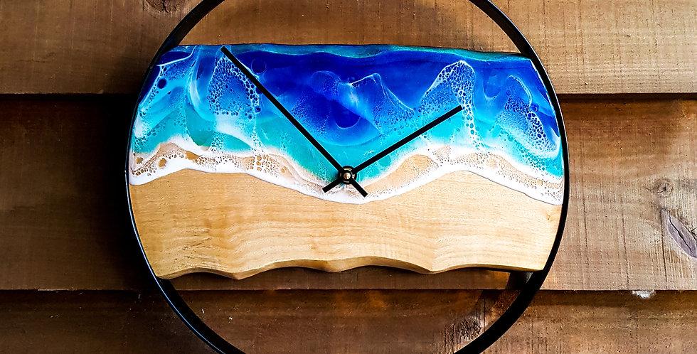 Live Edge Metal Ocean Clock
