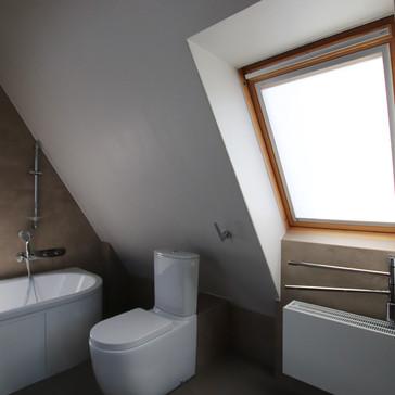 podkrovní koupelna