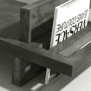 stolek na časopisy-detail