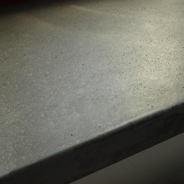 betonový parapet-detail