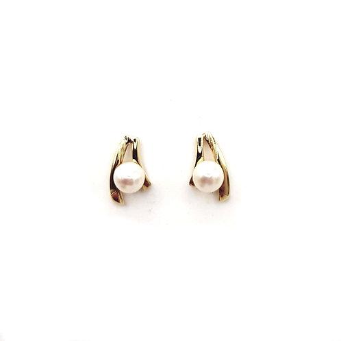 Boucle d'oreille perle sur or jaune 18 carat