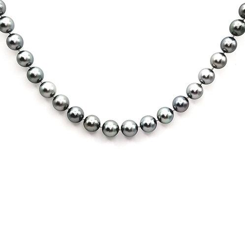 Tahiti pearl necklace