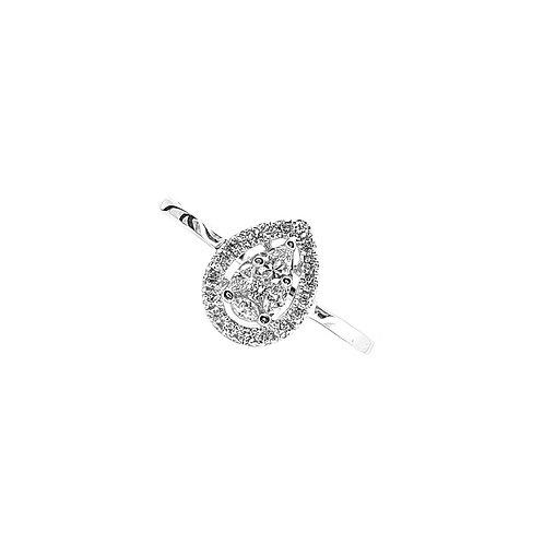 Bague Or blanc 18 carats solitaire accompagné multi-diamants