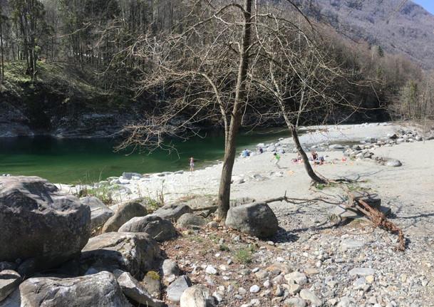 3.4 Baden im Fluss Maggia