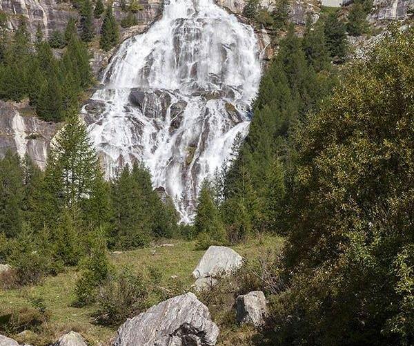 Wasserfall Cascata del Toce