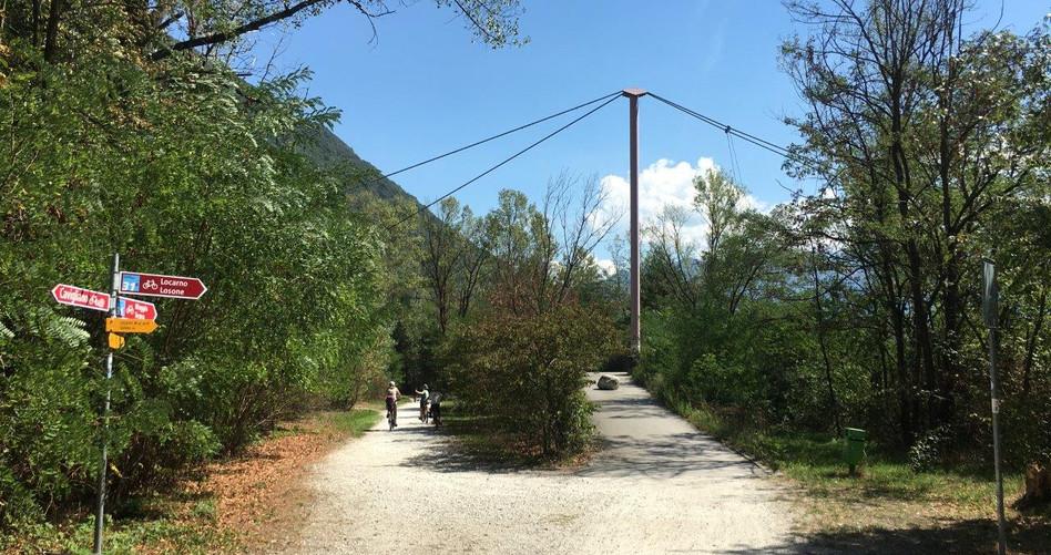 Blick Richtung Brücke über die Melezza