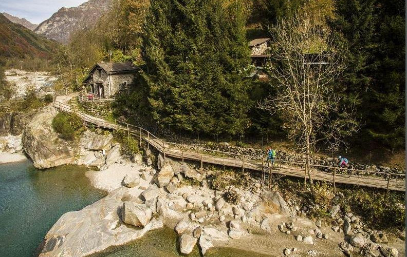 Brücke kurz nach Brione