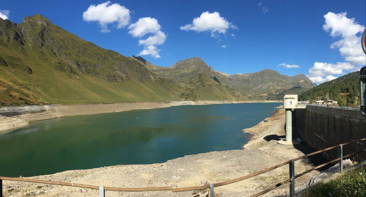 Der halbleere Ritom See