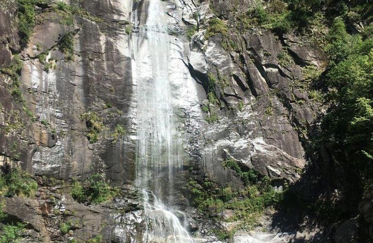Badeplatz beim Wasserfall
