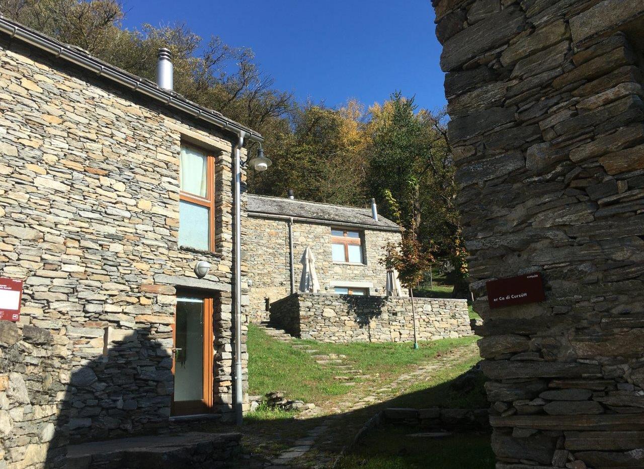 Dorf Curzútt