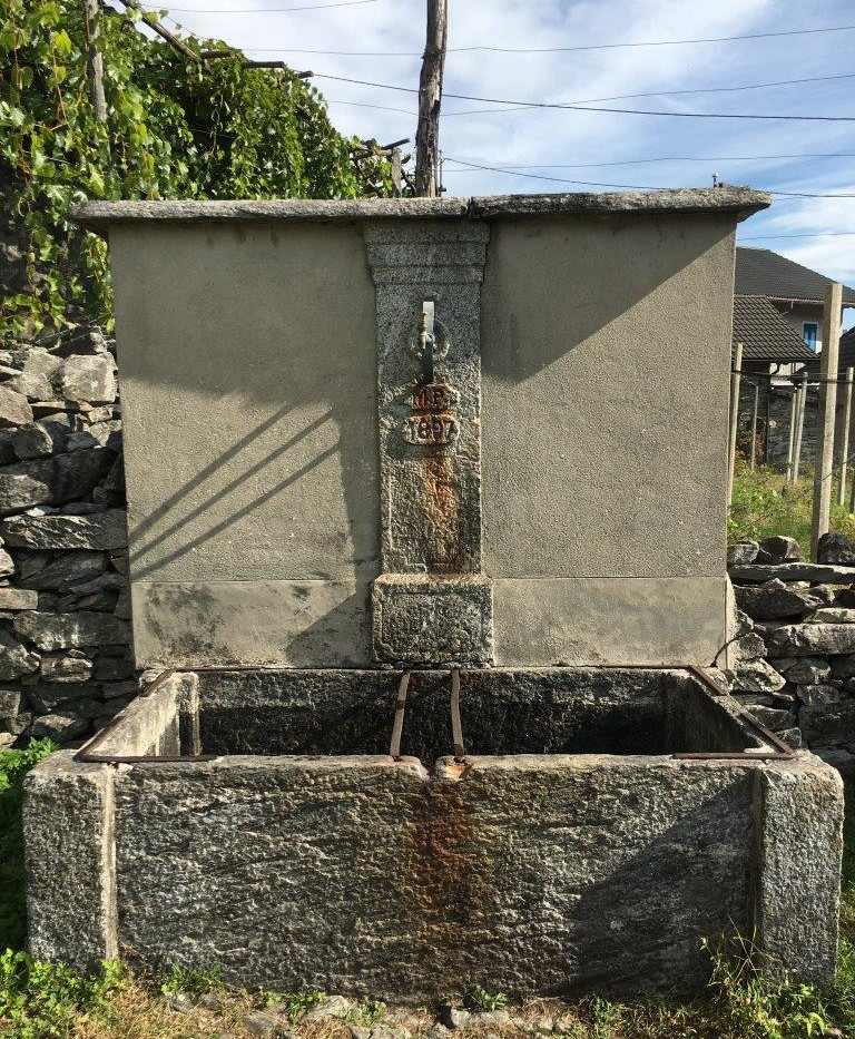 Alter Dorfbrunnen