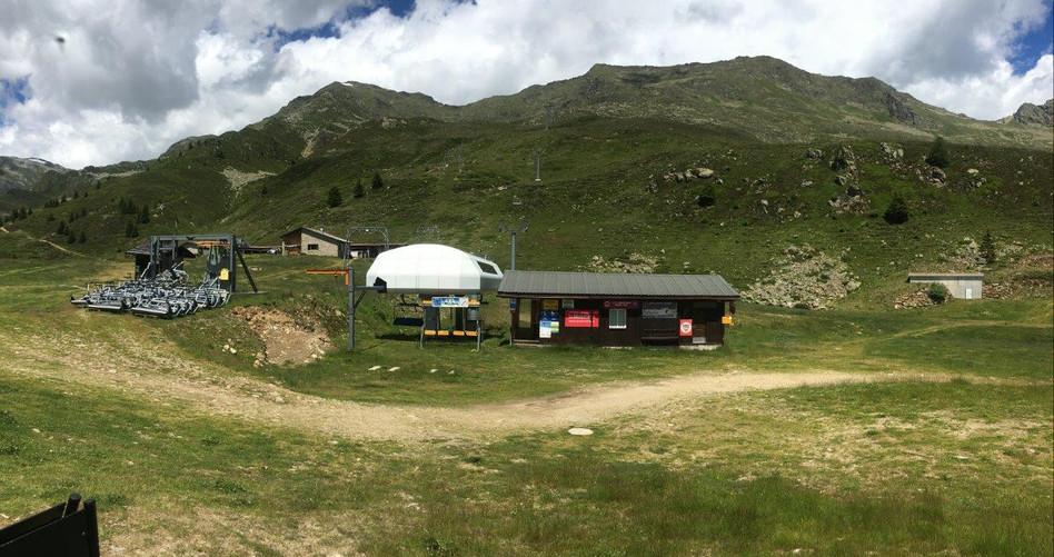 Mittelstation Skigebiet