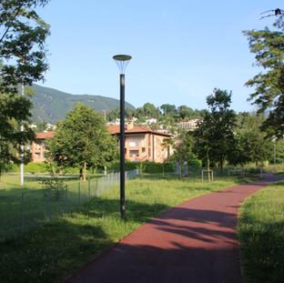 """Die Residenza al Mulin befindet sich direkt neben dem """"Parco dei poeti""""."""
