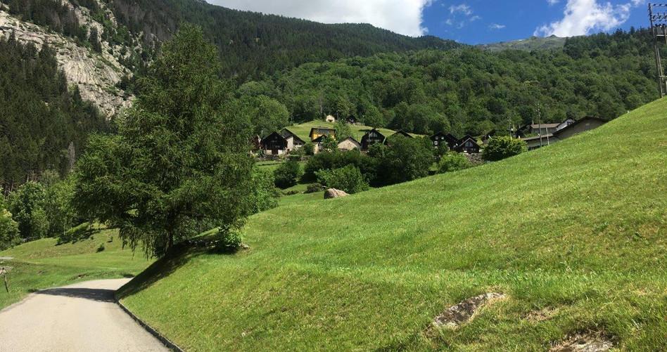 Blick hinauf nach Brusgnano