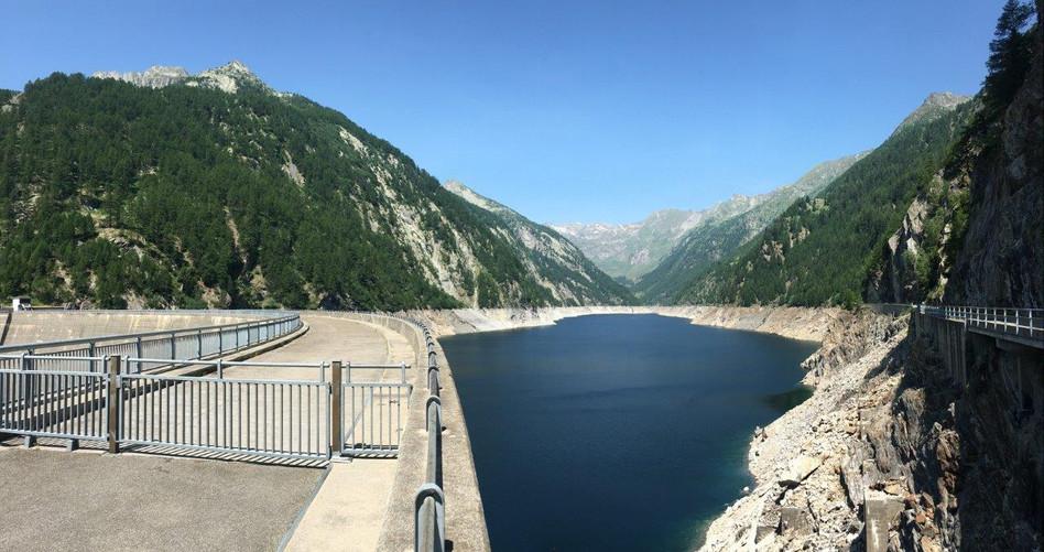 Staumauer des Lago del Sambuco