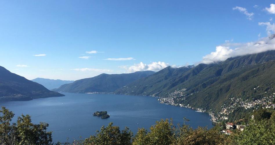 Sicht Richtung Brissago Inseln, Brissago und Cannobio