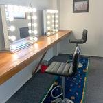 Make-up & Wardrobe room