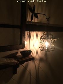 Badeværelse med levende lys