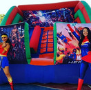 INFLABLE Y SUPER HEROINAS