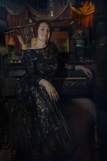 Jo Allen portrait[2691].jpg