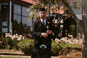 Bagpipe for hire, McLaren Vale Weddings | Bagpipes Adelaide