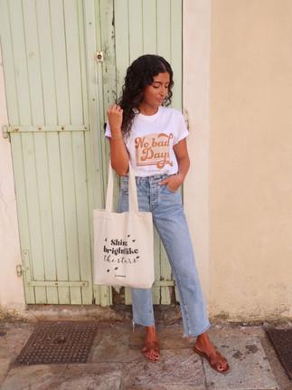T-shirt & tote