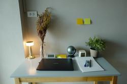 Rimmor3-Bedroom-Desk3