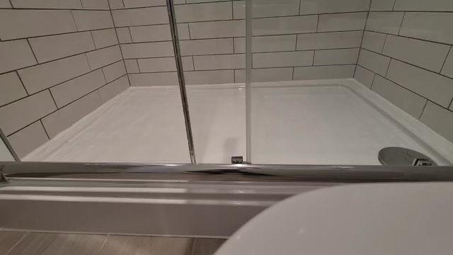 A very creaky shower tray