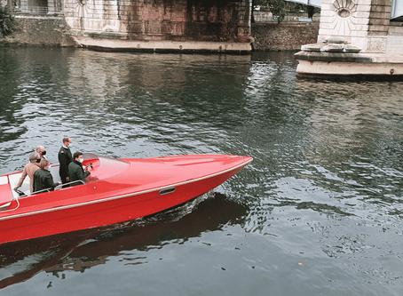 A Paris, des bateaux électriques de luxe équipés de batteries recyclées.