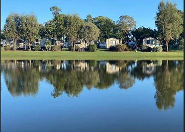 IMG_1747 (002)lake front.jpg