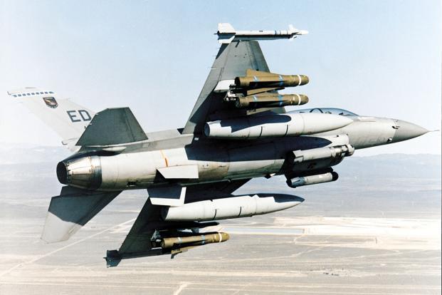 F-16 Fighter Falcon_4