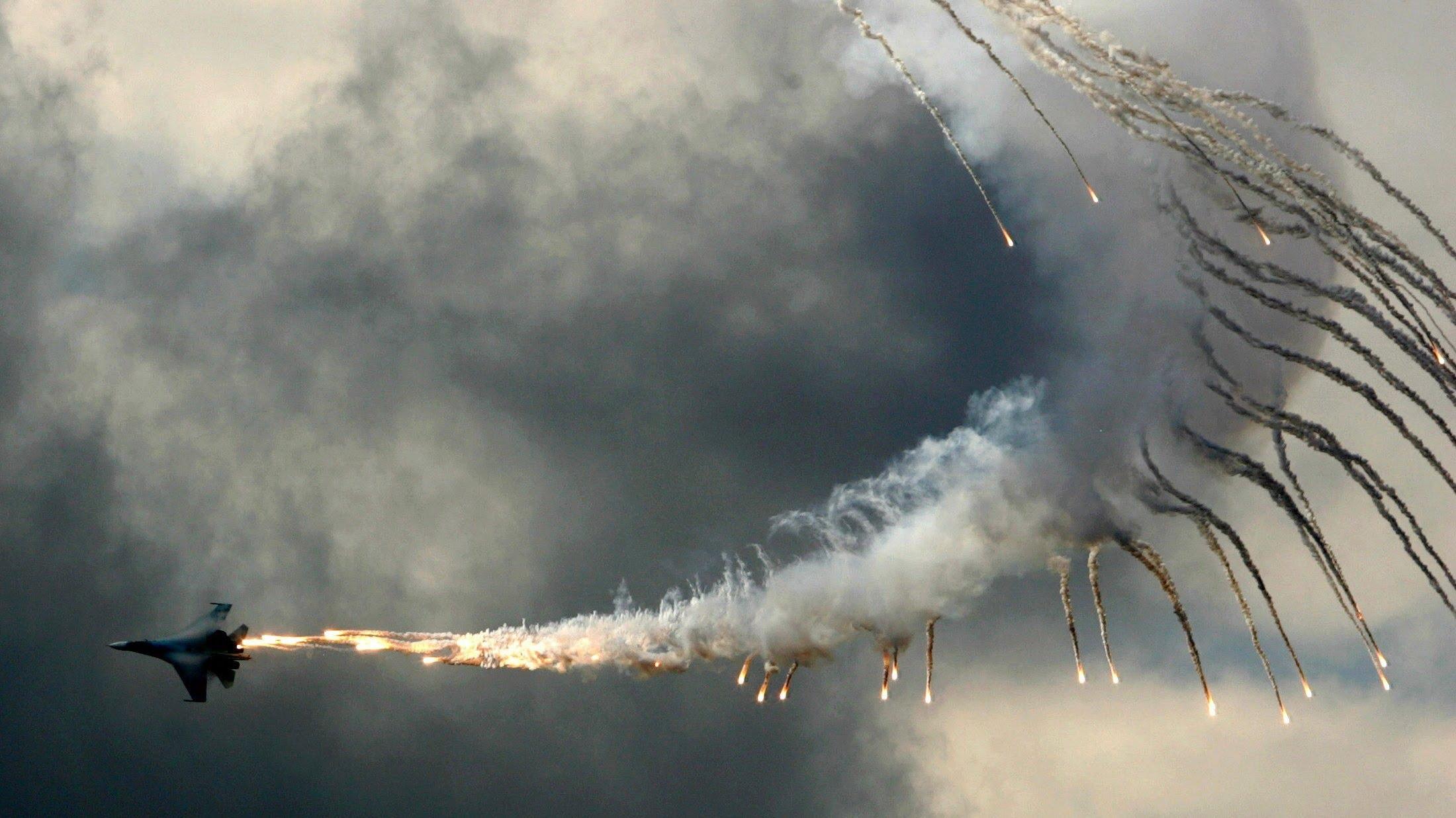 Sukhoi Su-27_4