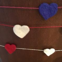heart garland.jpg