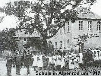 Grundschule alt.jpg