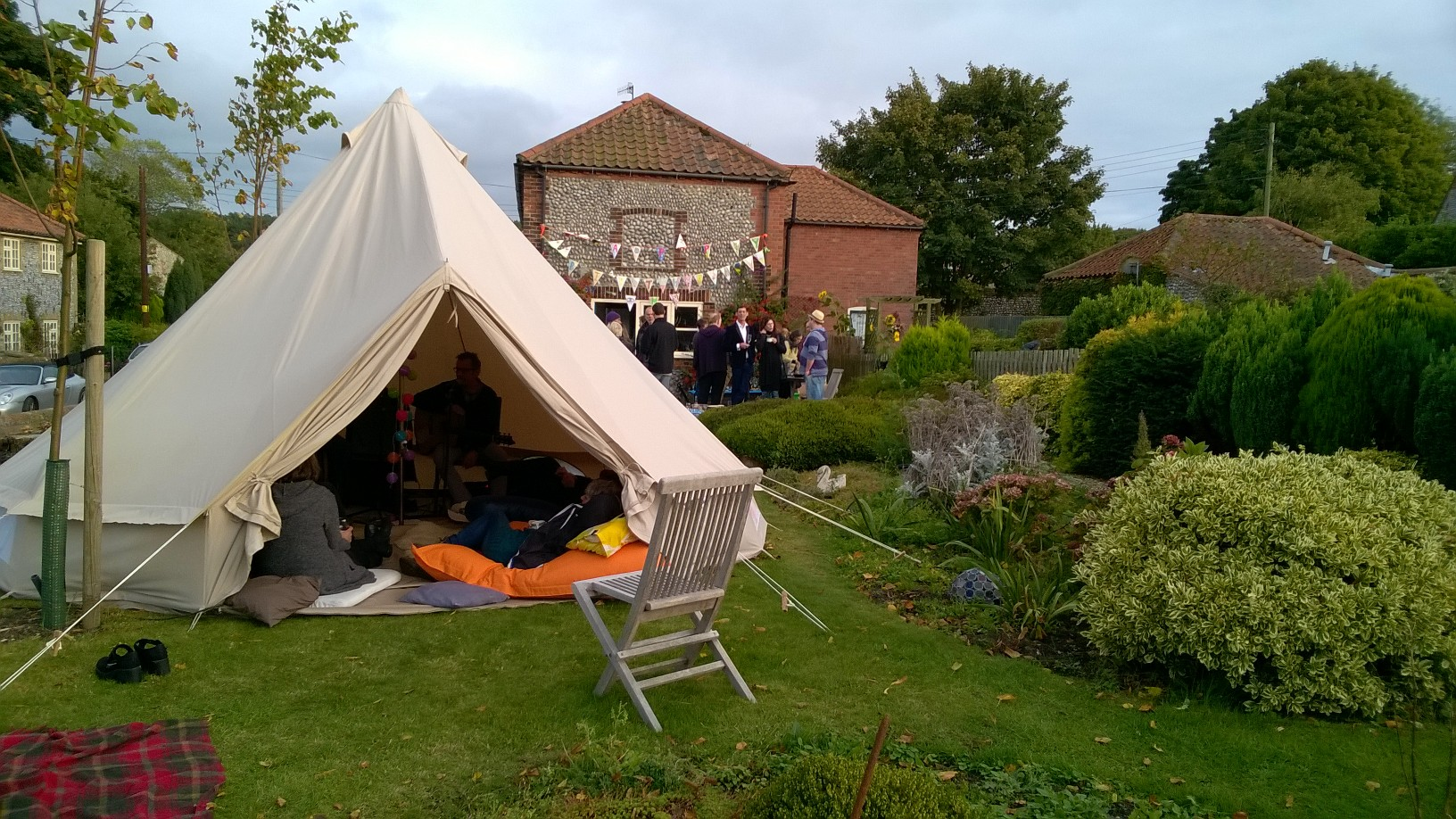 Wonderful Tipi / House Gig!