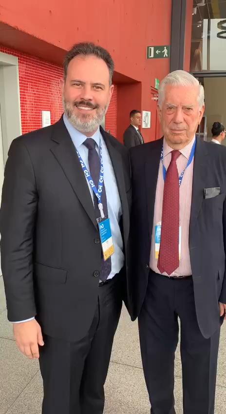 Ricardo Gomes_Vargas Llosa_divulgacao