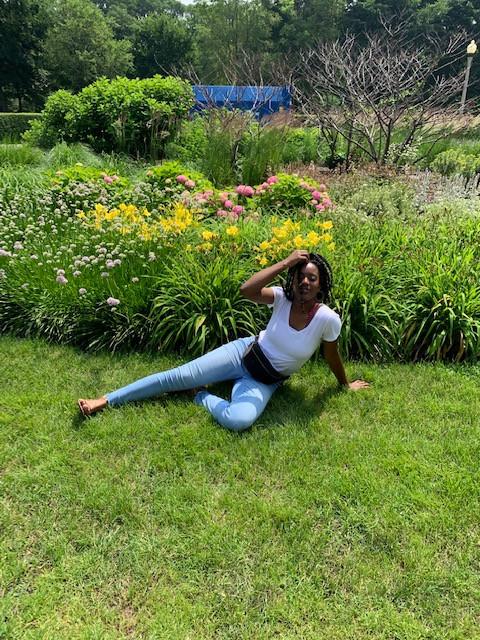 Mia in the grasses