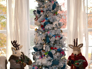 5 Easy Steps For A Perfectly Decorated Christmas Tree