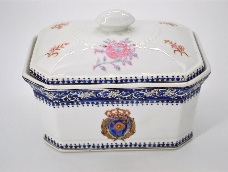 Wong Lee Chateau De Versailles Box