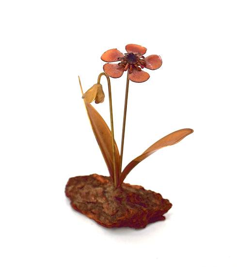Retro Metal Flower