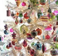 Vintage Shiny Brite Christmas Tree Ornaments Undergo A Christopher Radko Design Interpretation