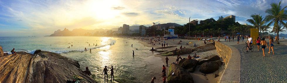 copacabana-beach-in-rio-de-janeiro-durin