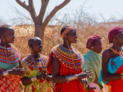 african-women-kenya-traditional-dance-no