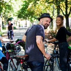 40 Radlerinnen und Radler erkunden die Stadt bei der Neubürgerradtour